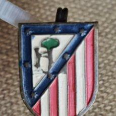 Coleccionismo deportivo: ANTIGUO PIN ATLETICO MADRID. Lote 295465923