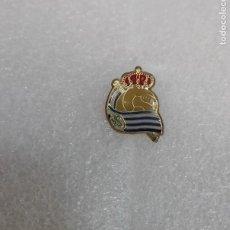 Coleccionismo deportivo: PIN INSIGNIA - REAL SOCIEDAD - BROCHE FUTBOL. Lote 295484678