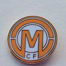 Coleccionismo deportivo: PIN DE FÚTBOL... MARAVILLA CLUB DE FÚTBOL... MÁLAGA. Lote 295788098