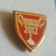 Coleccionismo deportivo: ATHLETIC CLUB BILBAO PIN MOTIVO FINAL DE COPA 2012. Lote 297165703