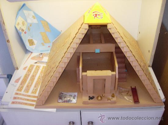 Playmobil piramide egipcia 4240 comprar playmobil en for Interior de una piramide