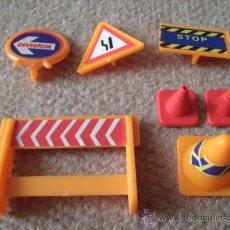 Playmobil: PLAYMOBIL SEÑALES DE CARRETERA. Lote 25891037