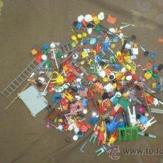 Playmobil: PLAYMOBIL Y FAMOBIL. LOTE SURTIDO DE COMPLEMENTOS-PIEZAS PLAYMOBIL . Lote 29760387