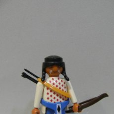 Playmobil: PLAYMOBIL FIGURA INDIO ARCO FLECHAS POBLADO INDIOS OESTE WESTERN VAQUEROS 3878 PIEZAS. Lote 34023286