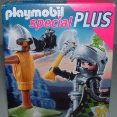 Playmobil: PLAYMOBIL CABALLERO MEDIEVAL CASTILLO HACHA GUERRERO SPECIAL PLUS FIGURA 4768. Lote 35754858