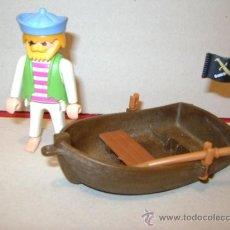 Playmobil: PLAYMOBIL 3792 PIRATA PESCADOR O NÁUFRAGO CON BARCA LANCHA DE REMOS. Lote 36200645