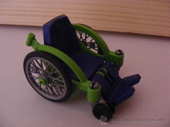 silla de ruedas juguete