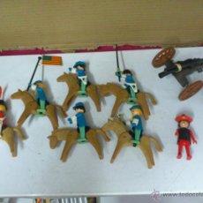 Playmobil: SUPER LOTE PLAYMOBIL LOTE DE SOLDADOS SEPTIMO DE CABALLERIA Y OTROS CON SU CAÑON DE LOS DE FAMOBIL. Lote 42560712