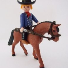 Playmobil: PLAYMOBIL COWBOY A CABALLO CON WINCHESTER DECORADO. Lote 42950713