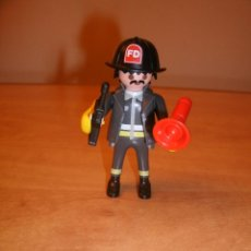 Playmobil: PLAYMOBIL 4621. BOMBERO. SPECIAL. COMPLETO. CITY. VINTAGE. Lote 47105793