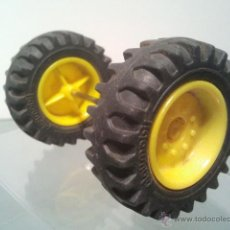 Playmobil: PLAYMOBIL RUEDAS EJE VEHICULO TRACTOR RECAMBIO AG2 . . Lote 47904230