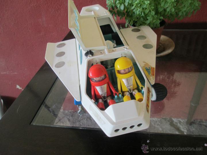 Bonita nave espacial con sus tres autronautas comprar for Nave espacial playmobil