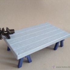 Playmobil: PLAYMOBIL MESA CON TORNO TRABAJO BELEN MEDIEVAL MEDIEVALES CASTILLO VARIOS PIEZAS. Lote 53604762