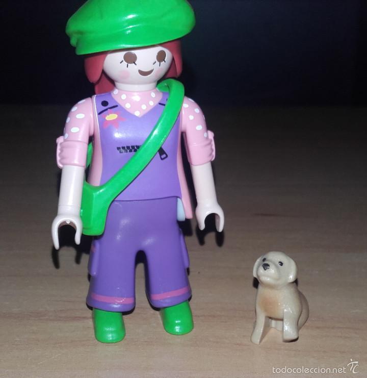 PLAYMOBIL SERIE 7 SOBRES SORPRESA CHICA HIPPIE CON PERRO REF 5338 (Juguetes - Figuras de Acción - Playmobil)