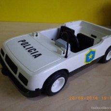 Playmobil: COCHE POLICIA NO COMPLETO PLAYMOBIL GEOBRA 1976 - CON ROTURA EN PIU PARACHOQUES DELANTERO -VER FOTOS. Lote 58940205