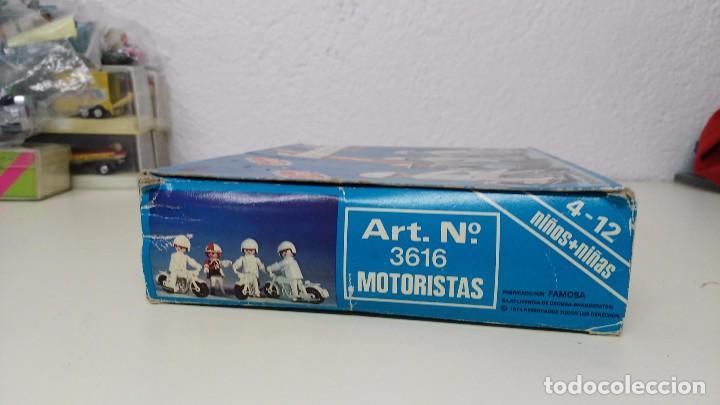 Playmobil: antigua caja de famobil playmobil color - Foto 9 - 127605698