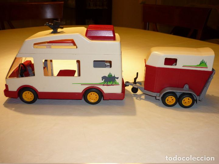 Playmobil autocaravana remolque de caballos comprar for Autocaravana playmobil