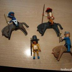 Playmobil: LOTE DE CUATRO FIGURAS DOS INDIOS DOS SOLDADOS Y TRES CABALLO - PLAYMOBIL. Lote 94155025