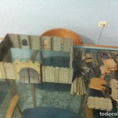 Playmobil: BONITO CASTILLO DEL 1977 DE FAMOBIL. Lote 120799098