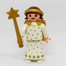 Playmobil: PLAYMOBIL NAVIDAD BELÉN NIÑA ÁNGEL CON VARITA Y ALAS DORADAS. Lote 143128422