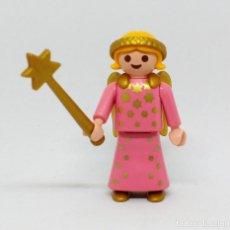 Playmobil: PLAYMOBIL NAVIDAD BELÉN NIÑA ÁNGEL CON VARITA Y ALAS DORADAS. Lote 143117482