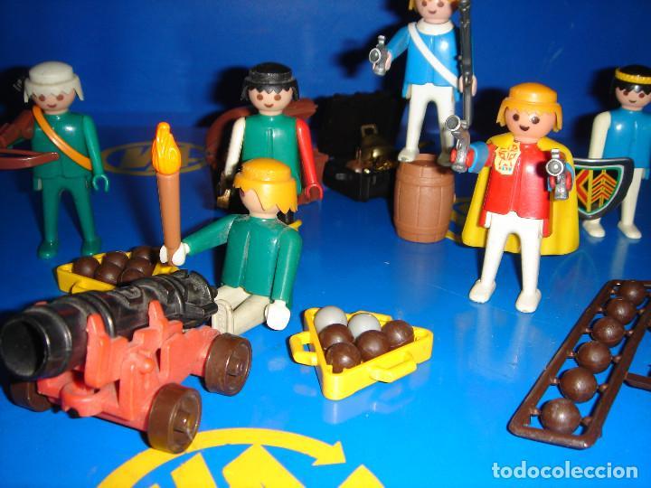 Playmobil: Lote Playmobil 6 figuras (1974) + ACC. DEFENDIENDO EL TESORO-observa las fotos - Foto 7 - 101035655