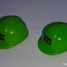 Playmobil: LOTE DE 2 CASCOS DE LA CONSTRUCCION DE PLAYMOBIL. TOTALMENTE NUEVO.. Lote 102932843