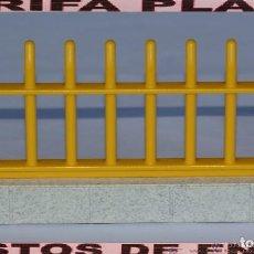 Playmobil: VALLA DE ZOO, PARQUE GRANJA .... DE PLAYMOBIL USADO TAL Y COMO SE VE. Lote 103783863