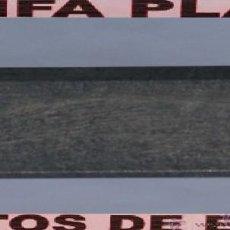 Playmobil: PARTE DE PARED SUELO PUERTA VENTANA ZOO CASA GRANJA .... DE PLAYMOBIL USADO TAL Y COMO SE VE. Lote 103796919