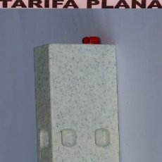 Playmobil: PARTE DE PARED SUELO PUERTA VENTANA ZOO CASA GRANJA .... DE PLAYMOBIL USADO TAL Y COMO SE VE. Lote 103798491