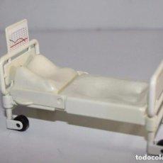 Playmobil: PLAYMOBIL CAMA HOSPITAL MEDICOS HOSPITALES CASA VARIOS PRIMERA EPOCA PIEZAS. Lote 194182228