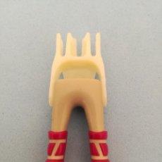 Playmobil: PLAYMOBIL PIERNAS GRIS BOTA MORADA PIRATAS SOLDADOS MOSQUETEROS VIKINGOS MEDIEVAL BÁRBAROS. Lote 106599239