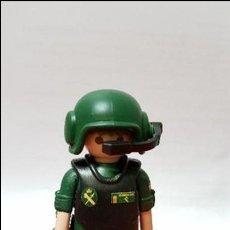 Playmobil: PLAYMOBIL CUSTOMIZADO GUARDIA CIVIL PILOTO. Lote 107757251