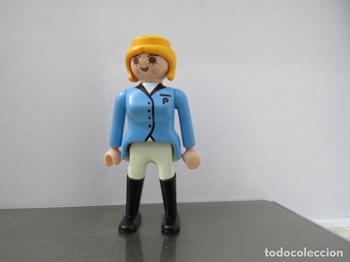 PLAYMOBIL PERSONAJE, CIUDAD, BOSQUE, GRANJA (Juguetes - Figuras de Acción - Playmobil)