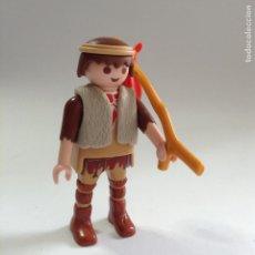 Playmobil: PLAYMOBIL FIGURA PASTOR BELEN CON VARA Y SACO GANADO GRANJA MEDIEVAL VARIOS PIEZAS COMPARTIR LOTE. Lote 147789780