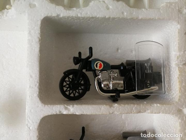 Playmobil: CAJA FAMOBIL REFERENCIA 3401 POLICÍA MOTOS PLAYMOBIL - Foto 10 - 112050631
