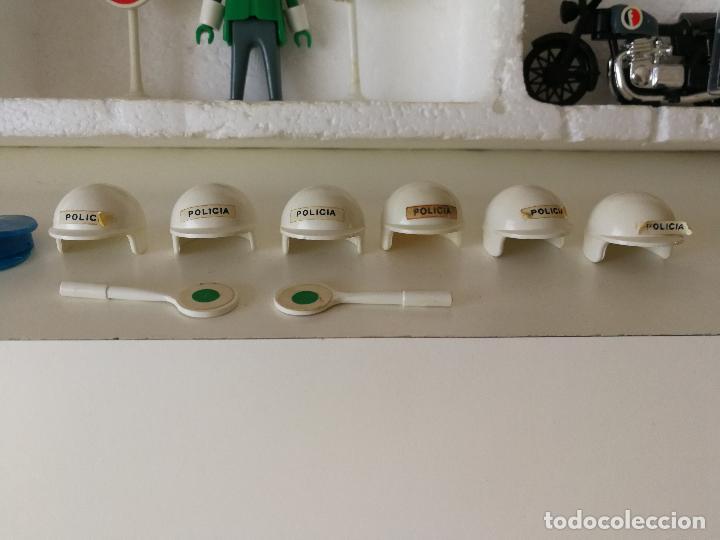 Playmobil: CAJA FAMOBIL REFERENCIA 3401 POLICÍA MOTOS PLAYMOBIL - Foto 16 - 112050631