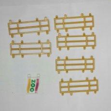 Playmobil: PLAYMOBIL FAMOBIL VALLAS DE UNION ZOO Y BANDERA DE ZOO. Lote 115546799
