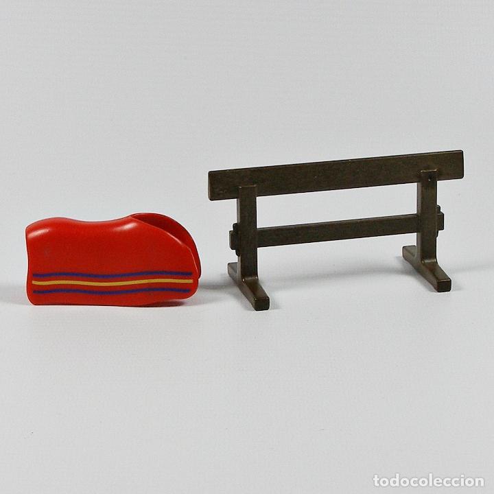 Playmobil: PLAYMOBIL CABALLO DIFICIL VALLA MARRON OSCURO PARA COLGAR SILLA DE MONTAR MANTA 4159 - Foto 2 - 115590068