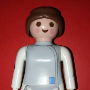 Playmobil 7cm blanco gris y azul pelo marron