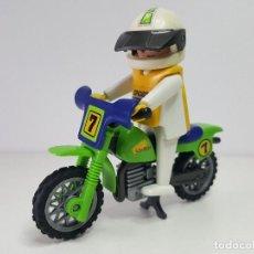 Playmobil: ANTIGUO MOTORISTA PLAYMOBIL 3301 MOTO PILOTO MOTOCROSS ENDURO . Lote 118166079
