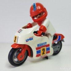 Playmobil: ANTIGUO MOTORISTA PLAYMOBIL 3303 MOTO PILOTO CARRERA CIRCUITO . Lote 118166131