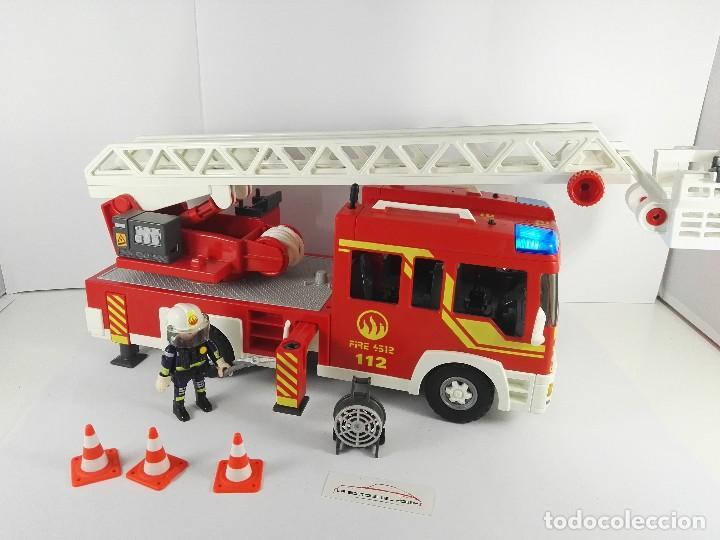 CAMION DE BOMBEROS CON LUZ Y SONIDO PLAYMOBIL 4820 (Juguetes - Playmobil)