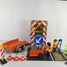 Playmobil: VEHICULO CON SEÑALES LUMINOSA + ASFALTADORA PLAYMOBIL 4044 Y 4049. Lote 127611059