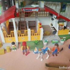 Playmobil: CUADRA DE CABALLOS + ADIESTRAMIENTO DE CABALLOS PALYMOBIL 4185 + 4190. Lote 122786787