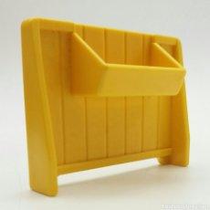 Playmobil: COMEDERO, GRANJA DE PONYS, ESTABLO PLAYMOBIL. Lote 139366490