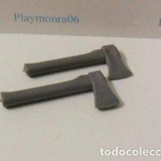 Playmobil: PLAYMOBIL C013 HERRAMIENTA HACHAS LEÑADOR IDEAL COMPLETAR ESCENAS. Lote 125205803