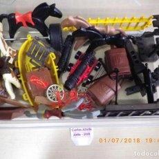 Playmobil: LOTE PLAYMOBIL CON CABALLOS BARCA BAULES CAÑON Y OTRAS PIEZAS, ALGUNAS CON DEFECTO O ROTURA. Lote 126808751