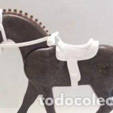 Playmobil: PLAYMOBIL PIEZAS ARREOS PARA CABALLO TERCERA ÉPOCA, BOCADO RIENDA Y SILLA, CABALLO NO INCLUIDO . Lote 155870958