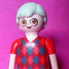 Playmobil: FIGURA PLAYMOBIL SEÑOR CON GAFAS Y JERSEY DE ROMBOS. Lote 131102412